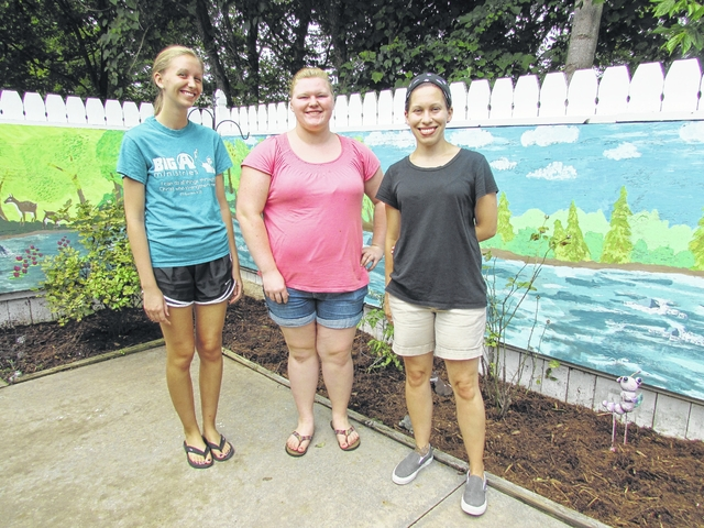 Students complete mural at Willowbrook